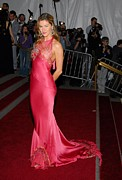 Evening Dress Framed Prints - Gisele Bundchen Wearing Dior Haute Framed Print by Everett