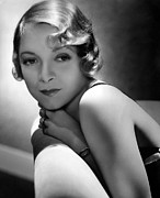 Bare Shoulder Prints - Helen Hayes, 1934 Print by Everett