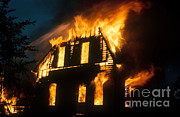 Fire Burns Photo Posters - House On Fire Poster by Photo Researchers, Inc.