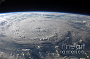 Honduras Framed Prints - Hurricane Felix Framed Print by Nasa