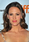 Gold Earrings Framed Prints - Jennifer Garner At Arrivals For Butter Framed Print by Everett