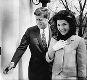 Entering Prints - John F. Kennedy, Jacqueline Kennedy Print by Everett