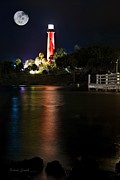 Jupiter Lighthouse Print by Robert Smith