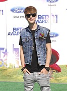 Justin Bieber Prints - Justin Bieber At Arrivals For 2011 Bet Print by Everett