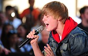 Rockefeller Plaza Framed Prints - Justin Bieber On Stage For Nbc Today Framed Print by Everett
