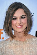 Gregorio Binuya Photo Framed Prints - Keira Knightley At Arrivals For A Framed Print by Everett