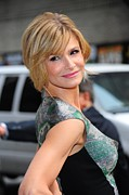 The Late Show With David Letterman Posters - Kyra Sedgwick Wearing An Antonio Poster by Everett