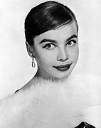 White Thick Fur Prints - Leslie Caron, Ca. 1950s Print by Everett