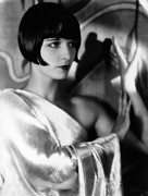 1920s Hairstyles Framed Prints - Louise Brooks, Ca. 1929 Framed Print by Everett