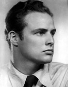 Marlon Photos - Marlon Brando In The 1940s by Everett