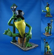 Cartoon Ceramics - Michigan J Frog by Bob Dann