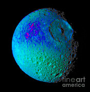 NASA / Science Source - Mimas