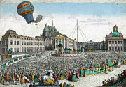 Living Beings Prints - Montgolfier Balloon Aérostat Réveillon Print by Photo Researchers
