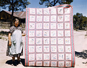 Quilt Art Photos - Mrs. Bill Stagg With State Quilt That by Everett