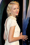 Cap Sleeves Framed Prints - Naomi Watts At Arrivals For King Kong Framed Print by Everett