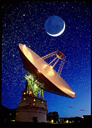 Canberra Prints - Nasa Deep Space Tracking Station, Austral Print by David Nunuk