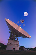 Canberra Prints - Nasa Deep Space Tracking Station, Australia Print by David Nunuk
