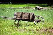 Walt Stoneburner - Old Fashioned Wheelbarrow