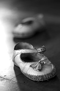 Tiny Photos - Old shoes by Jane Rix