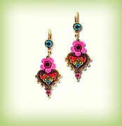 Gift Jewelry - Orly Zeelon Jewelry - The Heart Shaped Pendant Earrings by Orly Zeelon