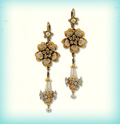 Gift Jewelry - Orly Zeelon The Accented Floral Earrings by Orly Zeelon