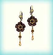 Gift Jewelry - Orly Zeelon The Multi Petaled Floral Earrings by Orly Zeelon