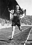Footrace Photo Prints - Paavo Nurmi (1897-1973) Print by Granger