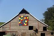 Quilts Photos - Quilt Barn by Yumi Johnson