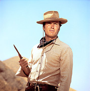 1950s Tv Photos - Rawhide, Clint Eastwood, 1959-66 by Everett