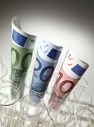 Banknote Photos - Research Costs by Tek Image