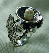 925 Jewelry - Ring-silver 925-pearl by Jonatan Kor