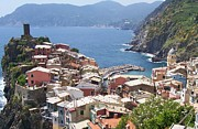 Marilyn Photo Prints - Rooftops of Vernazza Cinque Terre Italy Print by Marilyn Dunlap