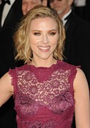 Scarlett Framed Prints - Scarlett Johansson At Arrivals For The Framed Print by Everett