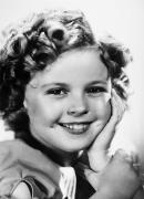 Curls Photos - Shirley Temple (1928- ) by Granger