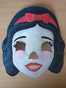 Larisa M - Snow White Mask