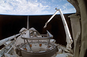 Mechanism Photos - Space Shuttle Discoverys Payload Bay by Stocktrek Images