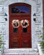 Canada Paintings - St-Eustache Doors by Richard T Pranke