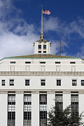 Flag Of Usa Photo Prints - Supreme Court of California . County of Alameda . Oakland California View From Oakland Museum . 7D13 Print by Wingsdomain Art and Photography