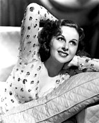 Cushion Photo Posters - Susan Hayward, Portrait Poster by Everett