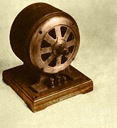 Tesla Photos - Tesla Induction Motor by Science Source