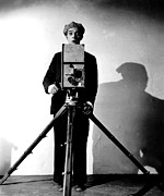 Portraits Photos - The Cameraman, Buster Keaton, 1928 by Everett