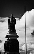 Daniel Prints - The Daniel Oconnell Memorial Statue Dublin City Centre Ireland Print by Joe Fox