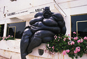 Gallery Sculpture Posters - The Fat Man Poster by Carl Purcell