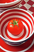 Round Photo Prints - Tomato in red and white bowl Print by Garry Gay