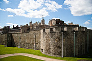 Tower Of London Framed Prints - Tower of London Framed Print by Dawn OConnor