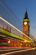 Y120907 Art - Uk, England, London, Big Ben And Light Trails At Night by Tetra Images