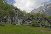 Raw Photos - Valle Bavona - Ticino by Joana Kruse