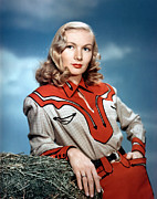 Western Shirt Framed Prints - Veronica Lake, 1940s Framed Print by Everett