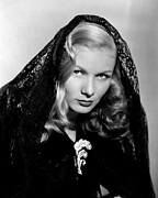 Black Lace Photos - Veronica Lake, Early 1940s by Everett