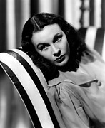 Couch Photos - Vivien Leigh, 1940 by Everett
